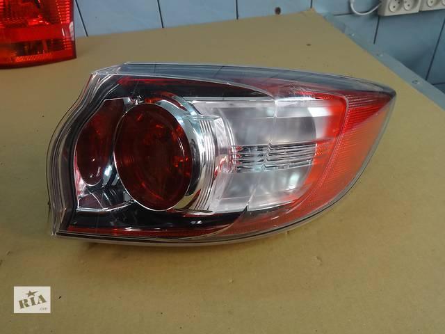 купить бу фонарь задний для хэтчбека Mazda 3 2009-13 в Львове