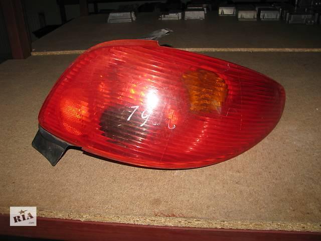 бу фонарь задний для хэтчбека Peugeot 206 2003-09 в Львове