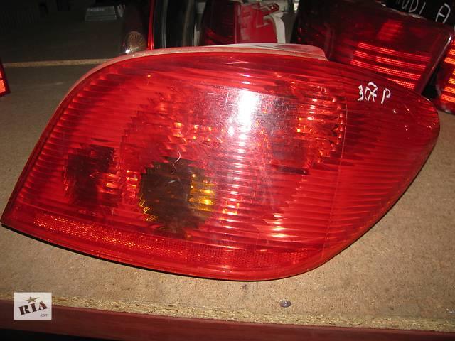 купить бу фонарь задний для хэтчбека Peugeot 307 2001-05 в Львове
