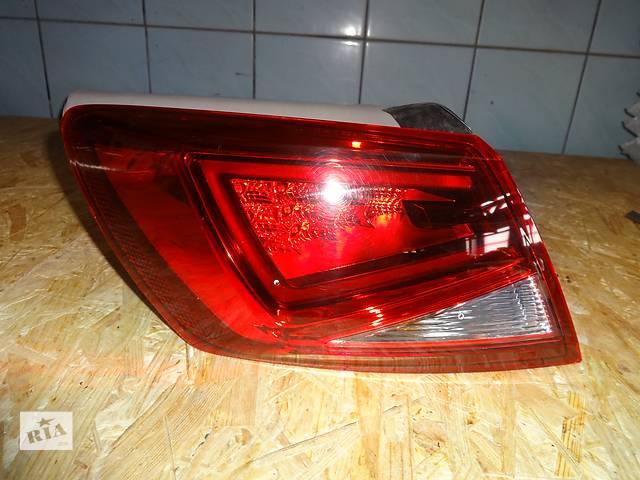 купить бу фонарь задний для хэтчбека Seat Leon 2012 LED в Львове