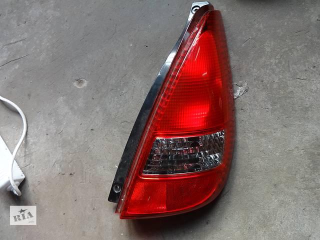 продам фонарь задний для хэтчбека Suzuki Aerio 2001-06 бу в Львове