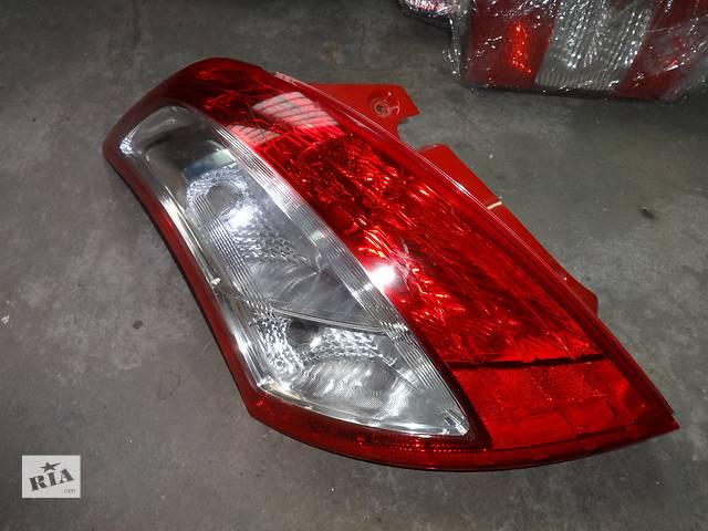 бу фонарь задний для хэтчбека Suzuki Swift 2010-12 в Львове