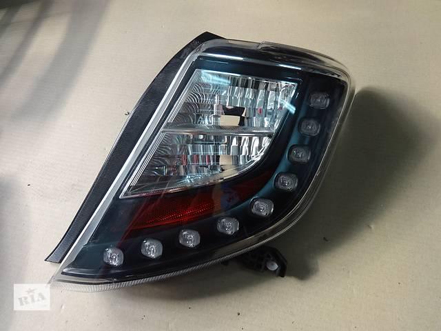 продам фонарь задний для хэтчбека Toyota Yaris 2011-14 бу в Львове