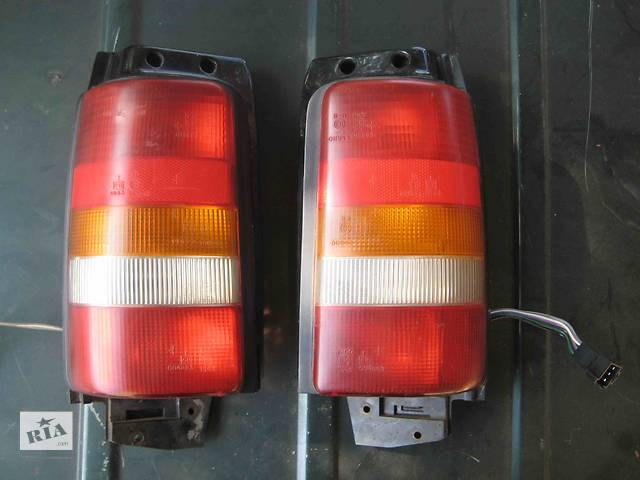 бу  Фонарь задний для легкового авто Chrysler Voyager в Львове