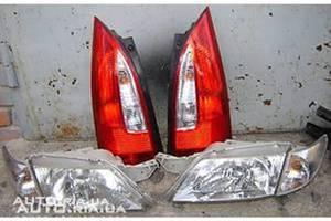 Фонари задние Mazda Premacy
