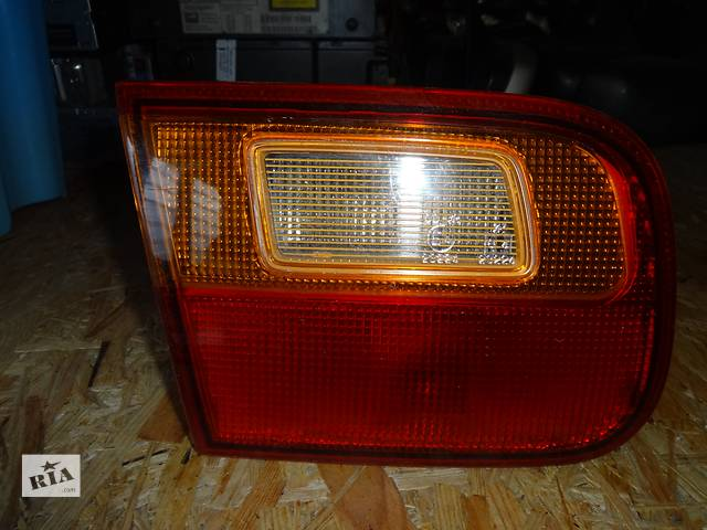 продам фонарь задний для седана Honda Civic 1992-95 бу в Львове