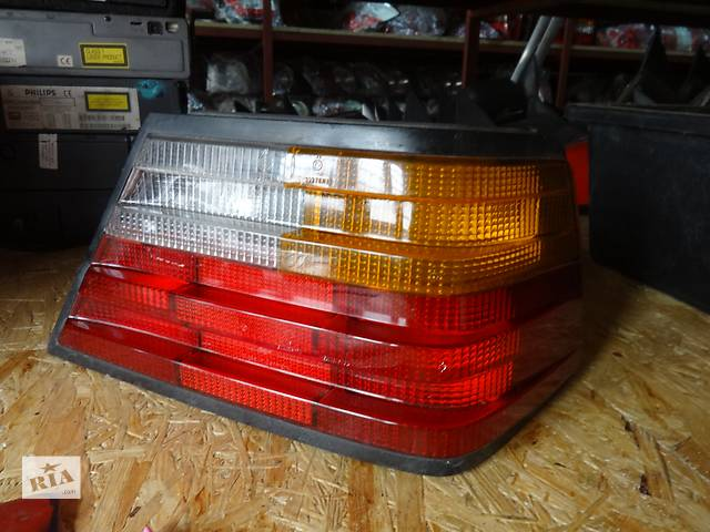 продам фонарь задний для седана Mercedes 124 1991 бу в Львове
