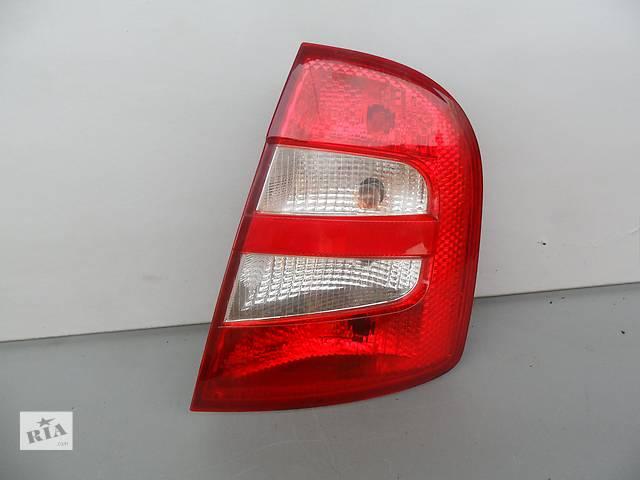 купить бу  Фонарь задний для седана Skoda Fabia (2001-2004) правый в Луцке