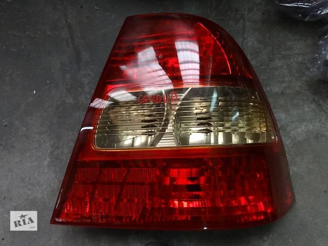 бу фонарь задний для седана Toyota Corolla 2002-04 в Львове