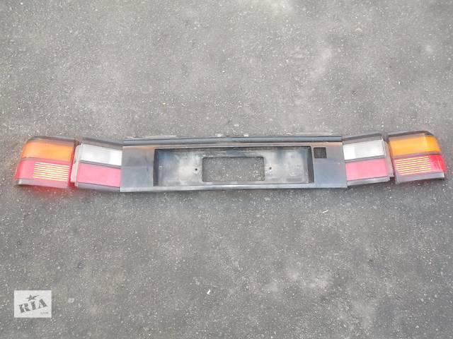 купить бу  Фонарь задний для седана Volkswagen Passat B3 (1988-1993) в Луцке