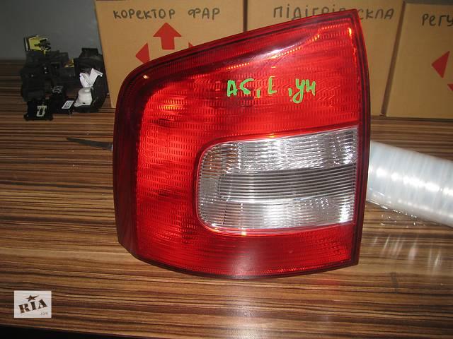 купить бу фонарь задний для универсала Skoda Octavia A5 Combi 2009-12 в Львове