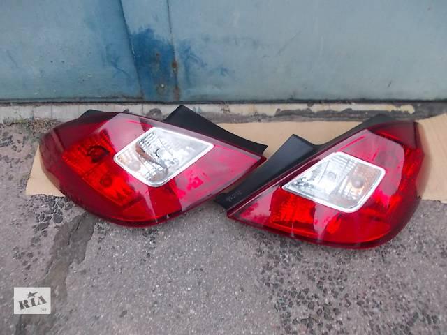 купить бу  Фонарь задний  Opel Corsa D. 5 дв. хетчбек Б/у оригинал в отл. состоянии. Цена за шт. в Днепре (Днепропетровск)