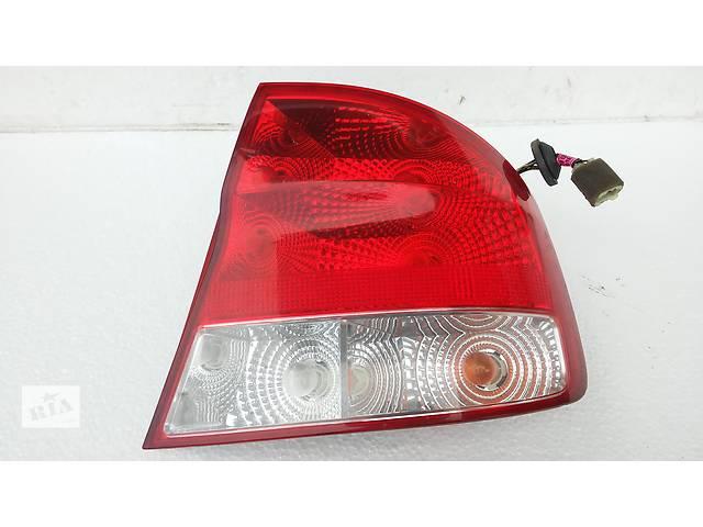 бу Фонарь задний правый для легкового авто Chevrolet Aveo Т200 в Тернополе