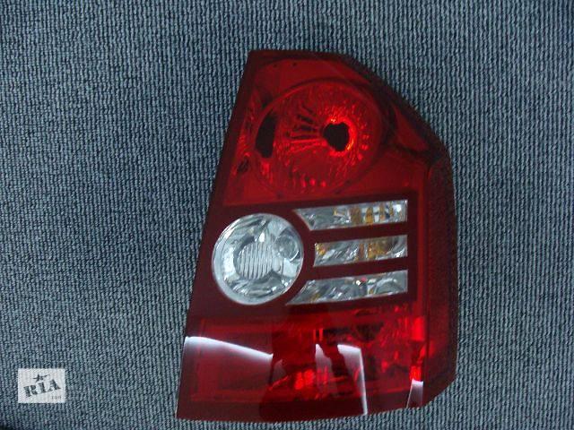 продам  Фонарь задний правый для легкового авто Chrysler 300 С 2008-2010 бу в Киеве