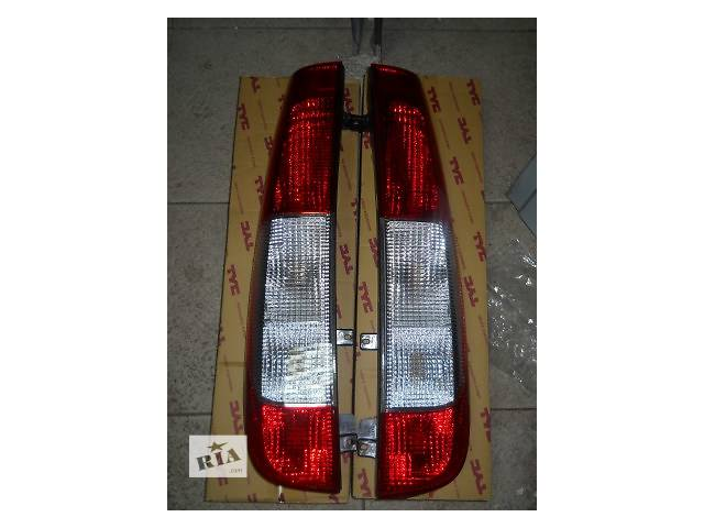 купить бу Фонарь задний Mercedes VITO Viano W 639 2003-2010 ліва + права A6398200164 в Луцке