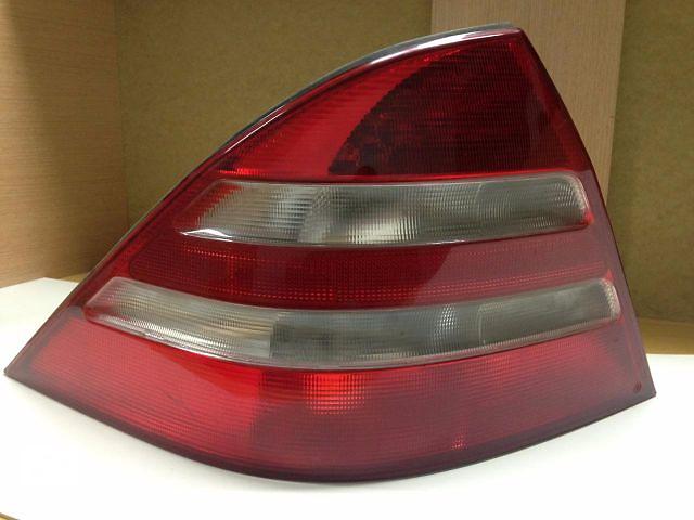 купить бу Фонари задние L,R MercedesS-Class W220 оригинал A2208200264 A2208200164 в Черновцах