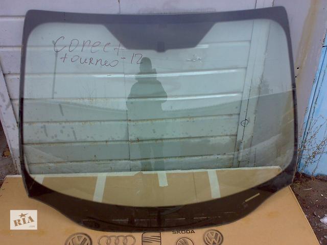 купить бу Б/у стекло лобовое/ветровое для легкового авто Ford Tourneo Connect 2012 в Харькове