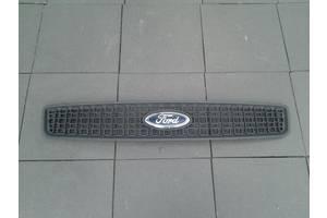 Решётка радиатора Ford Fusion
