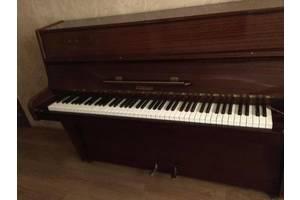 б/у Класичні фортепіано Ronisch