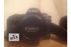 Новые Профессиональные фотоаппараты Canon EOS 5D Mark II
