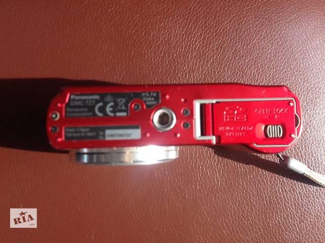 купить бу Фотоаппарат Panasonic DMG T-22 Lumix 12* HD в Луцке