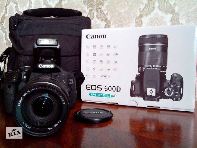 Зеркальный фотоаппарат canon eos 600d kit ef-s 18-55mm is + 55-250mm is black