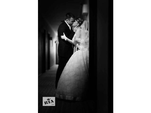 продам Фотограф и видеооператор на свадьбу бу  в Украине
