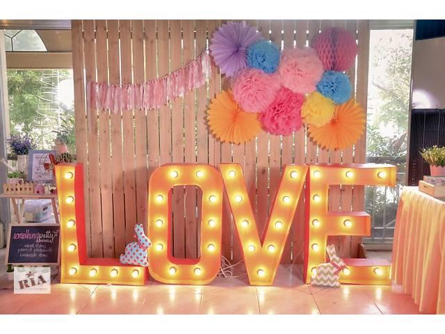 бу Фотозона,арка на свадьбу,декор,бренд волл.Изготовление,аренда,продажа. Прокат и изготовление фото зон, арок на свадьбу!  в Украине