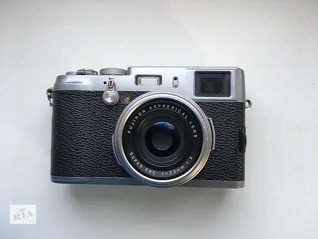 купить бу Fujifilm x100 + бонус в Коростышеве