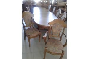Столи вітальні