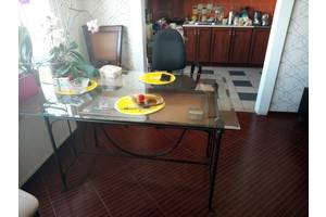 б/у Столы гостиные