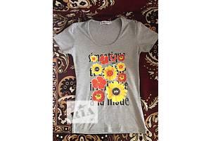 б/у Жіночі футболки, майки, топи