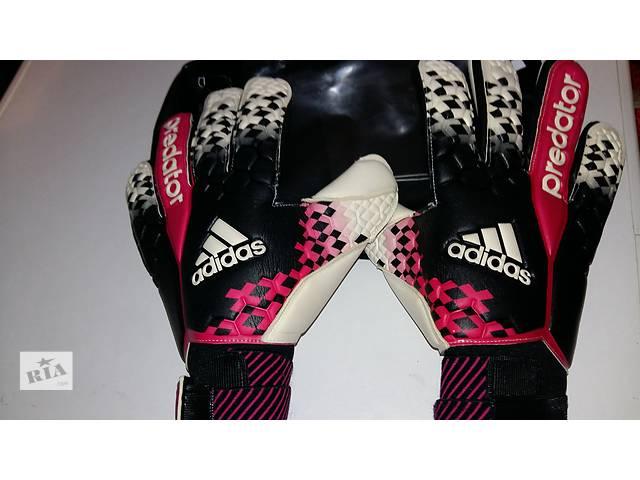 купить бу Футбольные перчатки в Ивано-Франковске