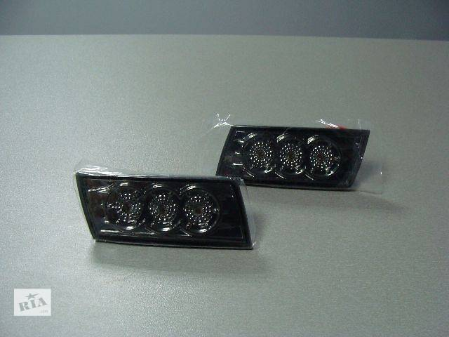 продам Габарит/катафот бампера на Chrysler 300 С 2005-2010 года выпуска бу в Киеве