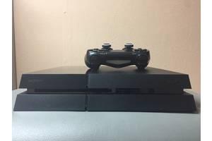 б/у Приставки Sony PlayStation 4