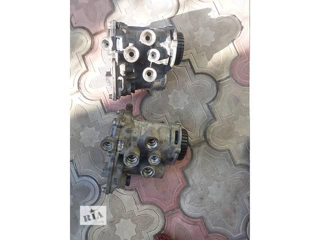 купить бу  Главный тормозной цилиндр для грузовика Daf XF 95 в Каменском (Днепропетровской обл.) (Днепродзержинск)