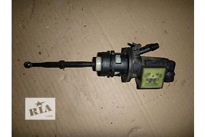 б/у Главный цилиндр сцепления Skoda Octavia A5