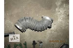 б/у Корпуса воздушного фильтра Toyota Avensis
