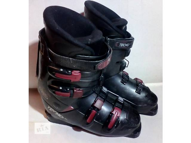 купить бу Лыжные ботинки Tecno Pro 41.5- 42 р (27 см) Италия в Мукачево