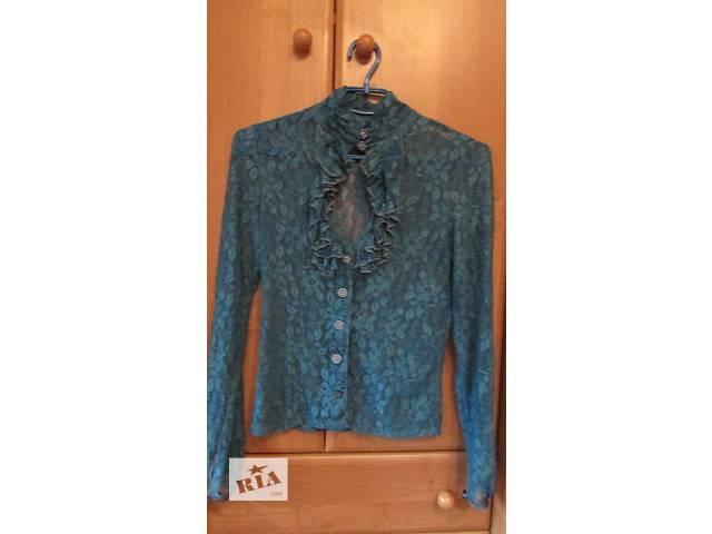 продам Гипюровая блуза на пуговицах бу в Киеве