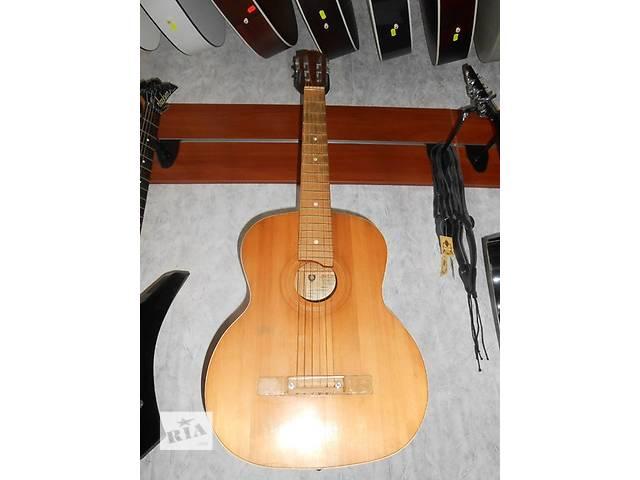 продам ( 1410 ) Гитара и ее Видео Обзор Черниговской музыкальной фабрики. То, что нужно для начинающего гитариста! бу в Чернигове