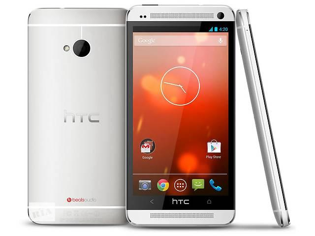 купить бу HTC One M7 (серебро) в Киеве