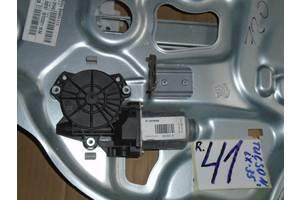 б/у Моторчик стеклоподьемника Hyundai IX35