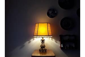 б/у Настольные лампы