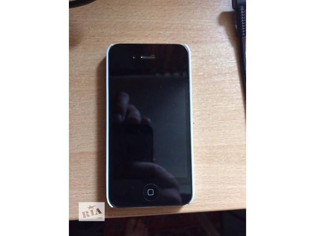 бу ІPhone 4S 32gb Black neverlock в Киеве
