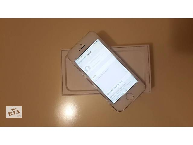 купить бу iPhone 5 white 16gb neverlock в Николаеве (Львовской обл.)