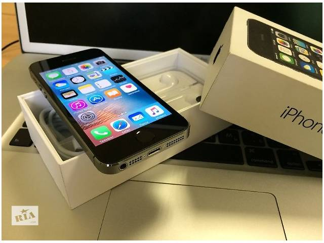 бу iPhone 5S 16Gb Space Gray Neverlock! в Киеве