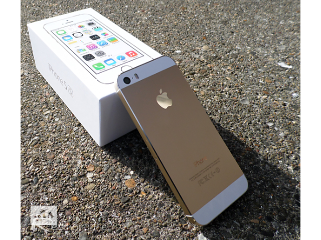 купить бу iPhone 5S Neverlock Gold - Space Gray и Silver три цвета в Одессе