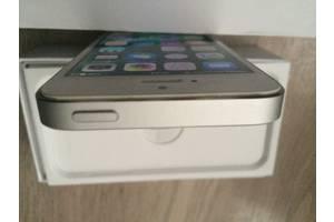 Имиджевые мобильные телефоны Apple Apple iPhone 5