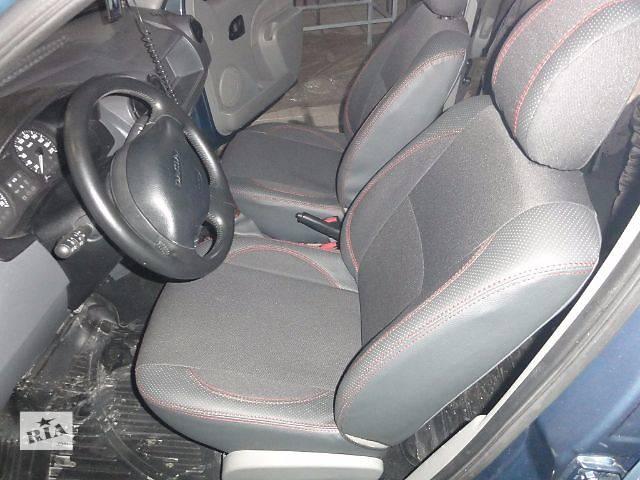 продам Качественные автомобильные чехлы для Dacia  бу в Днепре (Днепропетровске)